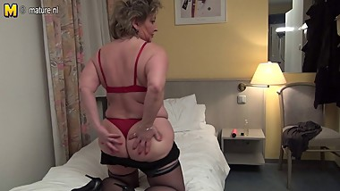 German MOM hungry for a good fuck