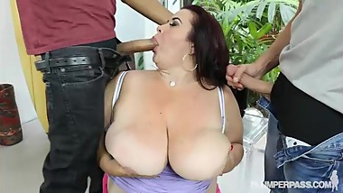Huge Tit BBW Mom Lady Lynn Gets Fucked by 2 Huge Cocks