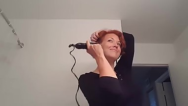 mom shaves her head