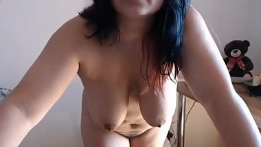 Momma toying her pussy