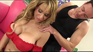 Stepmom Seduction (MUST WATCH)