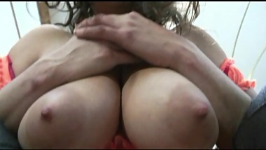 BIG PERFECT BOOBS - BUSTY SARA ON CLIPS4SALE -- A MUST SEE VIDEO!!!