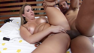 Latina MILF with juicy butt gets big cock in her ass