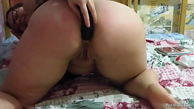 dildo in ass gaping, mature mothers