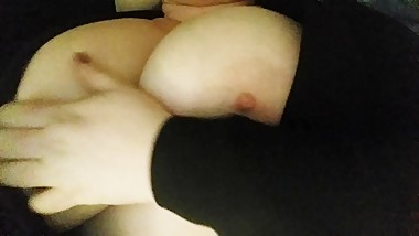Amateur Homemade Horny Milf Big Tits Close Up