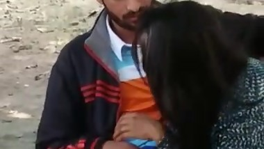 Indian college girl hard fucking (Bihar) on valentine day with boy friend