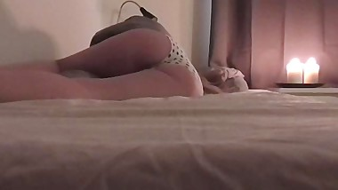 HIDDEN CAM CAUGHT WIFE MASTURBATE BEFOR BED