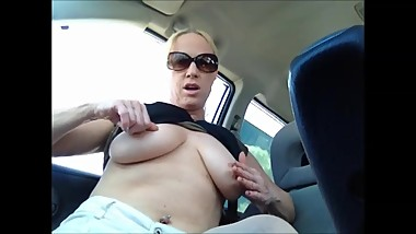 horny mommy getting off in the car