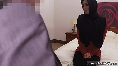 Arab flashing boobs The hottest Arab porn in the world